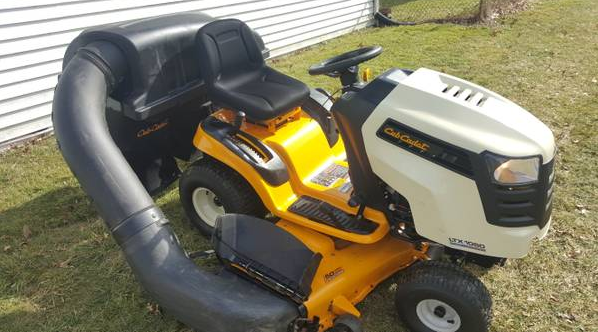 Commercial Riding Lawn Mowers >> 50in Cub Cadet LTX1050 Riding Lawn Mower Triple Bagger System 90 Hours 2012 Model Mint - GSA ...
