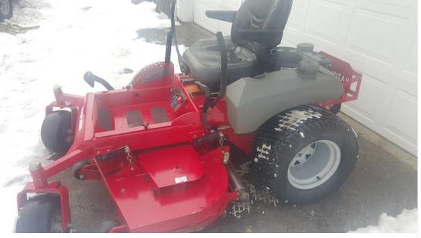 60in Yazoo Kees Commercial Zero Turn Mower Only 430 Hours