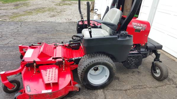 60in Gravely Rapid XD Commercial Zero Turn Mower 1200 ...