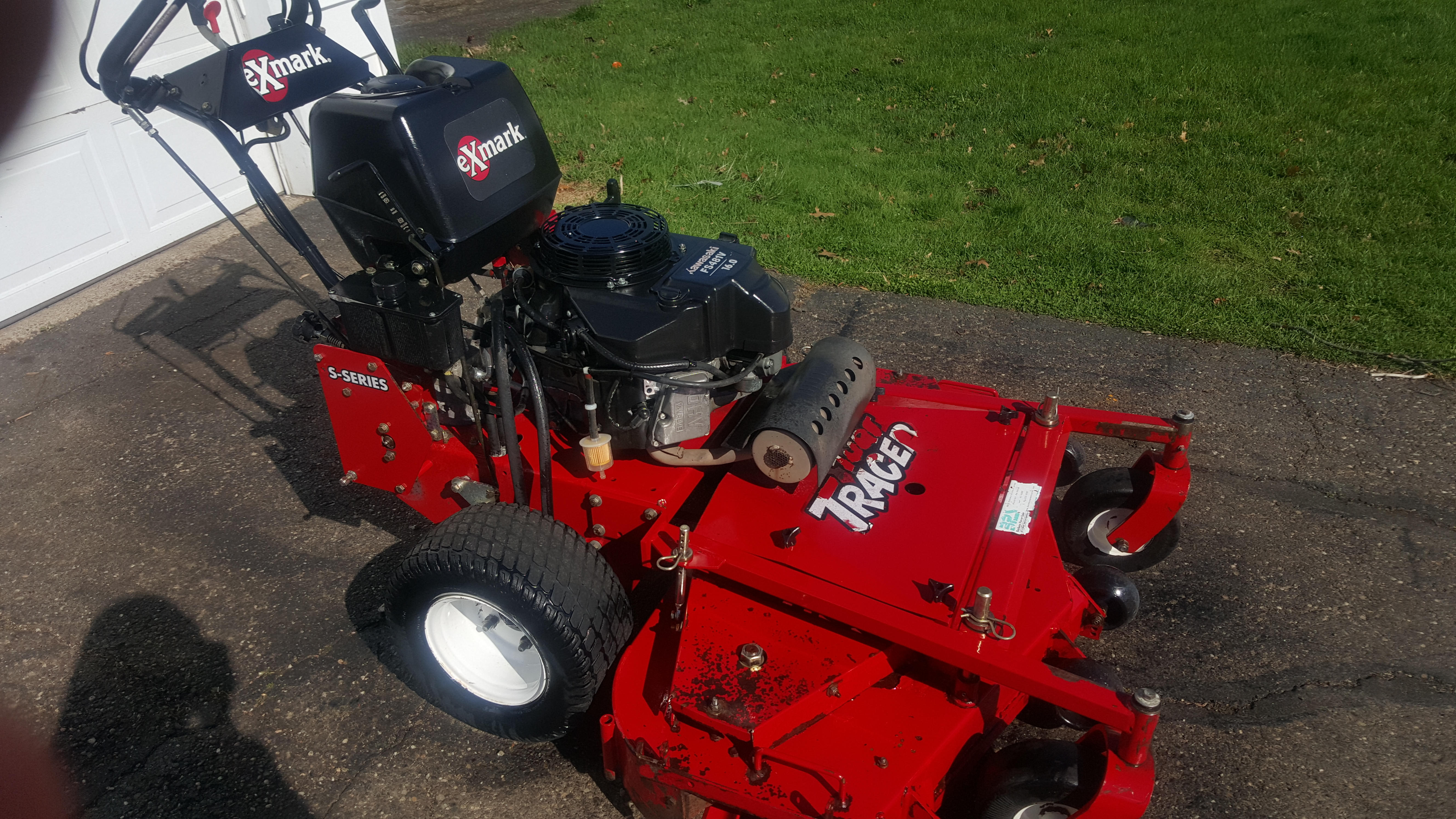 48in Exmark Turf Tracer 2011 Hydro Commercial Walk Behind
