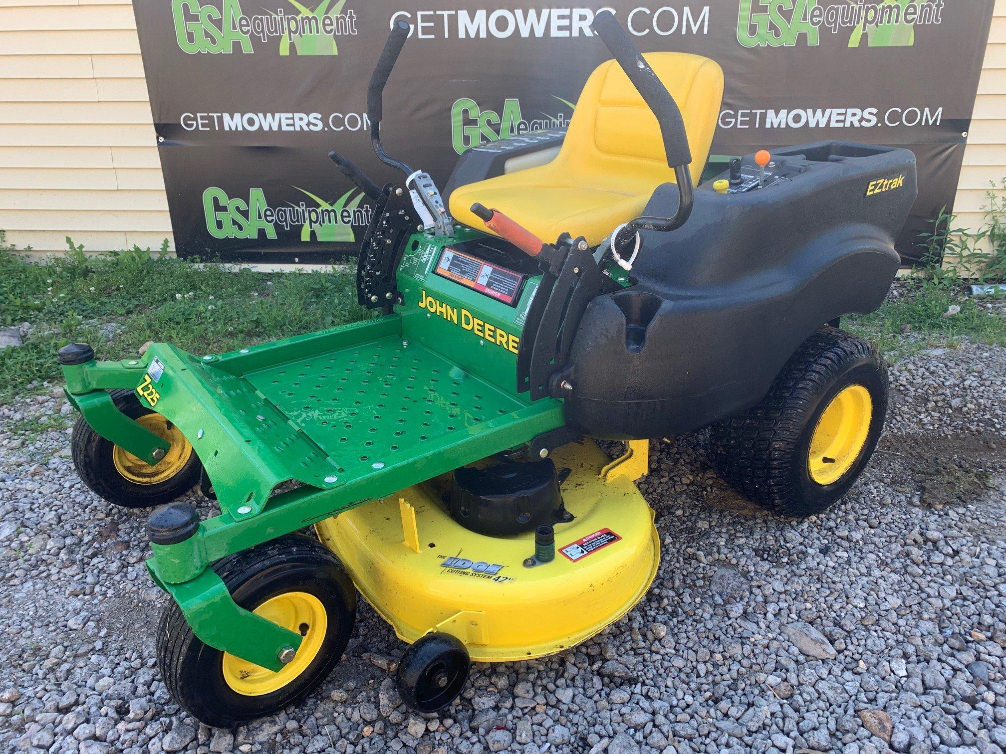 42in John Deere Z225 Zero Turn Mower W 18hp Briggs Only