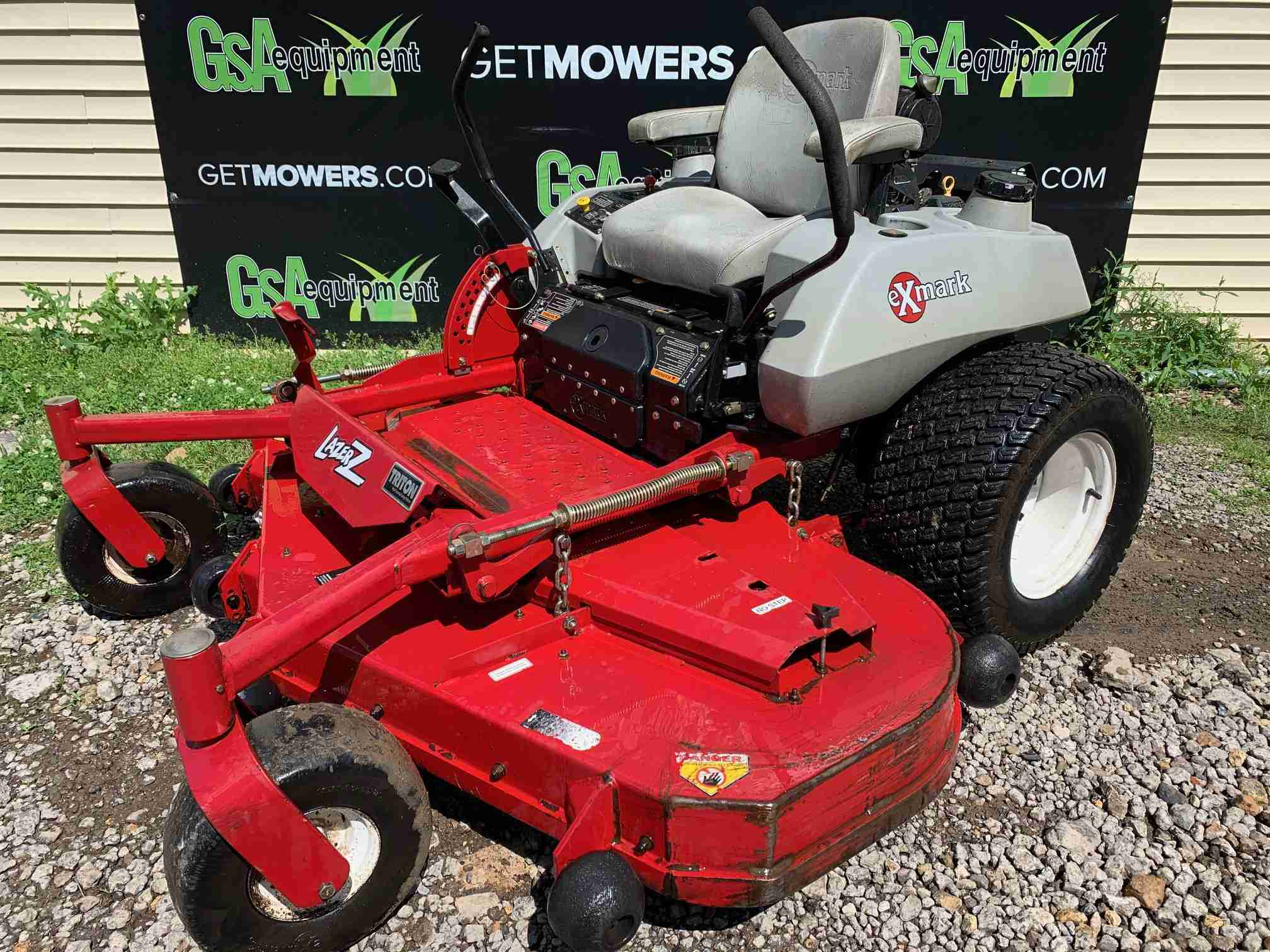 66in Exmark Lazer Z Commercial Zero Turn With 30hp   Only