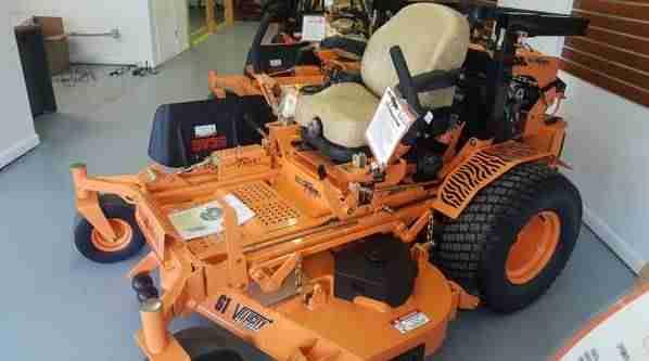 61in Scag Turf Tiger Ii Commercial Zero Turn Mower W